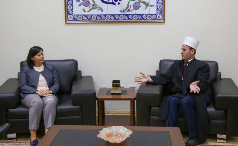 TAKIM-ME-KREUN-E-KOMUNITETIT-MYSLIMAN---MEETING-WITH-THE-LEADER-OF-THE-MUSLIM-COMMUNITY-2